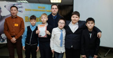 Команда МОБУ СОШ №33 заняла первое место в первом городском конкурсе по робототехнике «RoboSpace-2016»