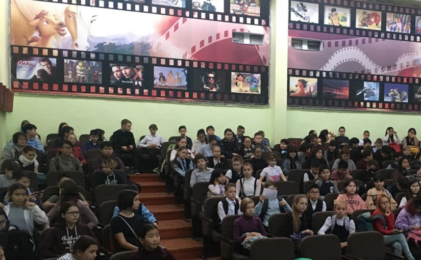 25 октября состоялась беседа с  Рабжировой Анной Моисеевной помощником прокурора у 6-х классов.