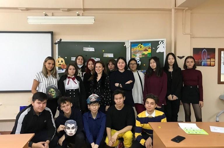 Вчера был проведён тематический урок англ. яз. «Хэллоуин» для 2г, 6б, 7а и 10а. Настроение приподнятое, впереди каникулы!👻 Happy Halloween 🎃